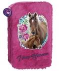 DVOUPATROVÝ PLYŠOVÝ PENÁL BEZ VÝBAVY KONĚ I LOVE HORSES