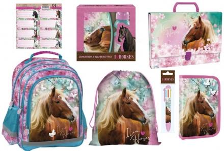 ZVÝHODNĚNÝ ŠKOLNÍ SET KONĚ I LOVE HORSES 8 KS